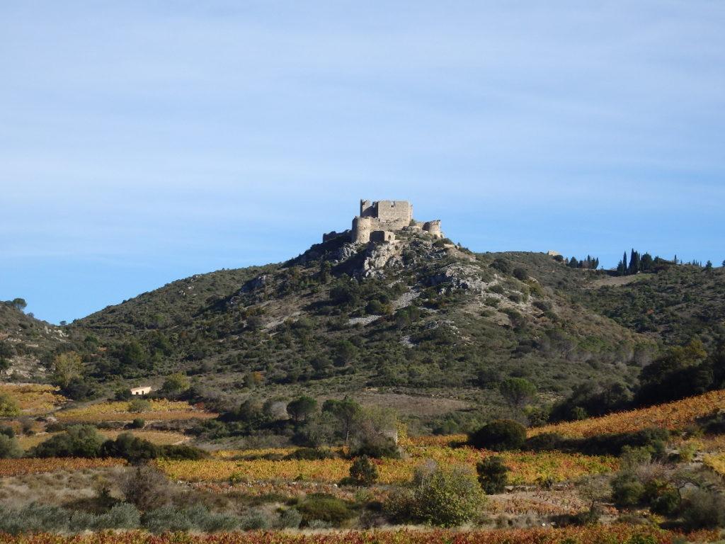 Le château d'Aguilar sous le soleil (ils y sont montés...)
